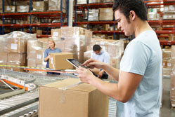 The importance of selecting the right courier for your small business{{}}