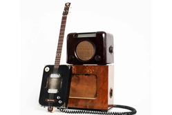 Cigar Box Guitar{{}}