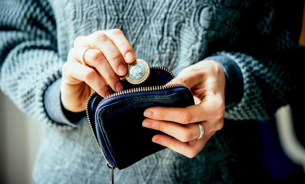 Putting money in a purse - limiting start-up costs