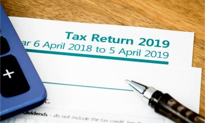 A UK self assessment tax return form for the financial year 2018-19.